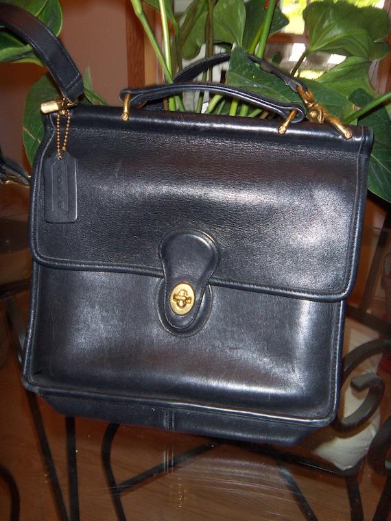 Coach Willis Black Leather Classic Bag  Authentic Nice SALE
