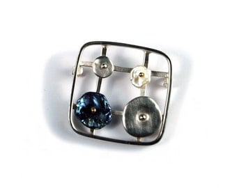 Sterling Silver Softened Square Pin with Keshi Pearls