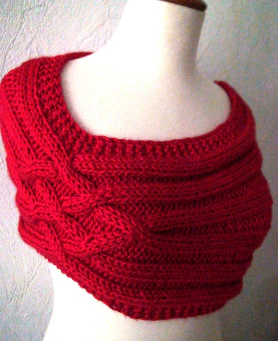 Free Knitting Patterns For Shoulder Cowls : Cowl/ Capelet/ Shoulder Warmer Hand Knit in Red