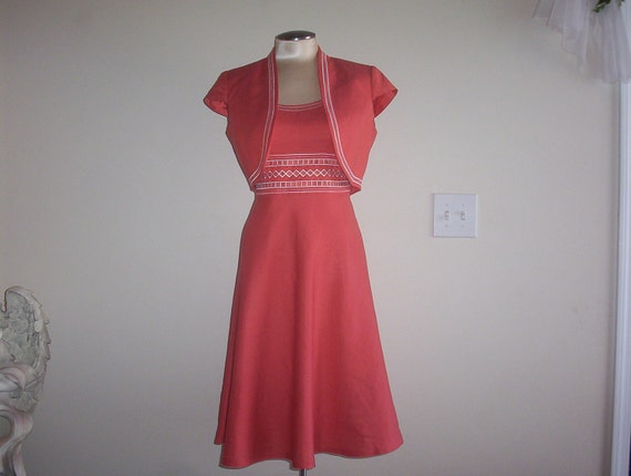 Womens Size 6 Coral and White 2 Pcs Dress Set