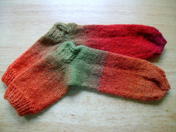 Hand Knit Soft And Warm  Women's Superwash Wool  Socks, Size 7 - 8  (9.5 inches length) - Tonal Green, Orange, Red
