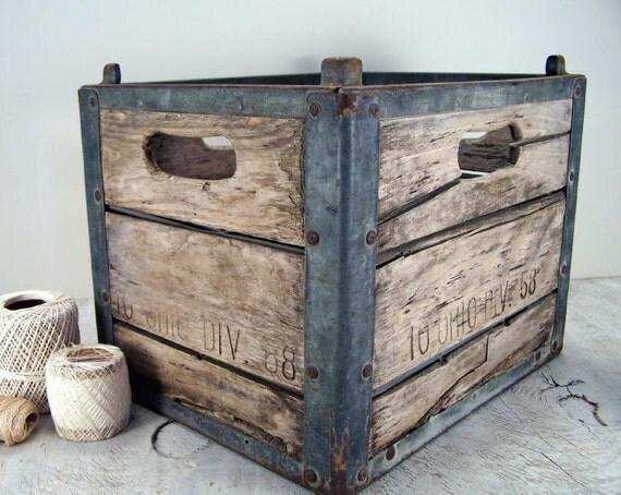 vintage wood and metal milk crate. Black Bedroom Furniture Sets. Home Design Ideas