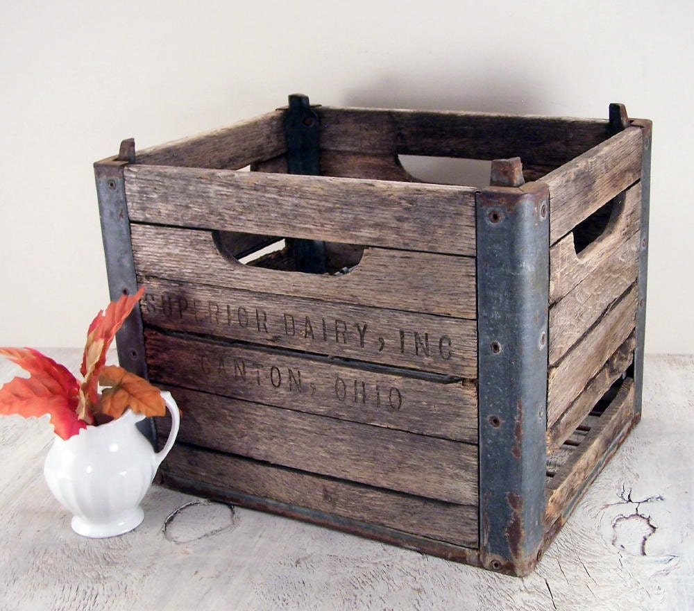 wooden dairy milk crate from superior dairy. Black Bedroom Furniture Sets. Home Design Ideas