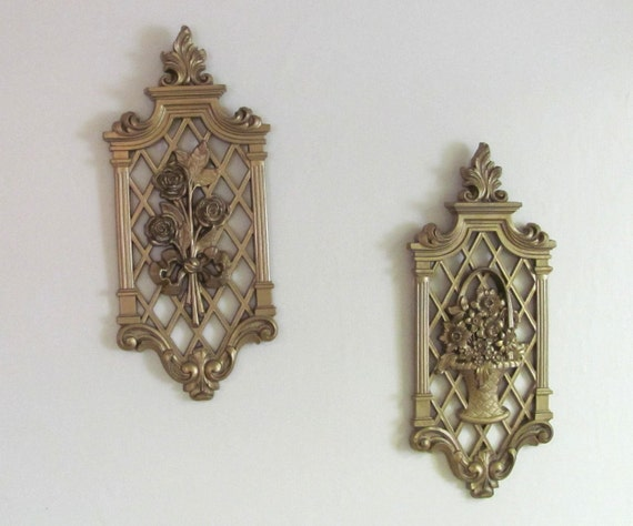 One Vintage Pair Gold Dart Ornate Floral Wall Sconces Home Decor