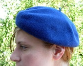 Navy blue traditional beret