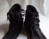 Black moccasin lace-up fringe boots Sz. 8