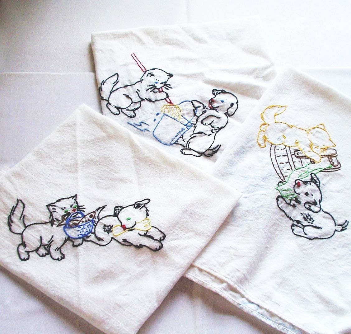Vintage Towels: Vintage Flour Sack Cotton Kitchen Towels Cup Towels
