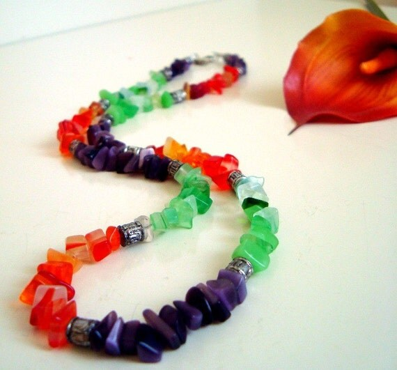 Red Onyx - Purple Amethyst - Green Jade Chip Beads Necklace