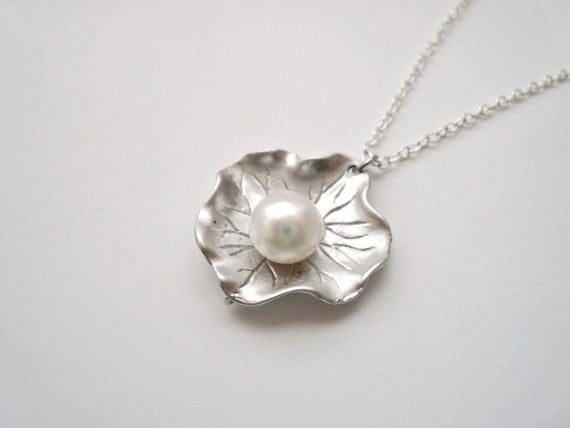 Silver Lotus Leaf Necklace with Freshwater Pearl - Also Available in Gold, Natural Inspires, Wedding Jewelry, Bridesmaid gift