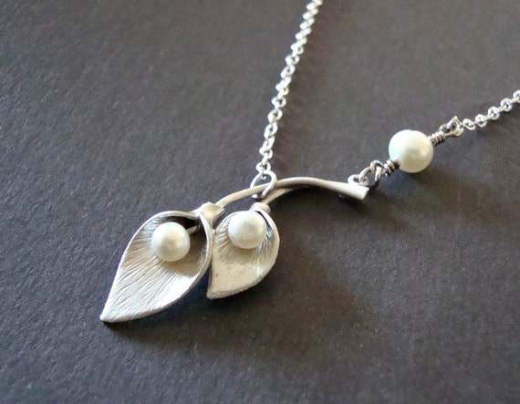 Silver Calla Lily Necklace, Calla Lily Double Flower and Freshwater Pearls Necklace - Also Available in Gold, Bridal Jewelry,Bridesmaid Gift