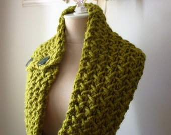 Knitting Pattern / Cowl Scarf / Chunky Oversized Textured / Embraceable / Knitting DIY tutorial / PDF Digital Delivery