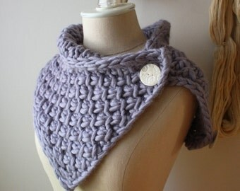 Knitting Pattern / Chunky Textured Oversized Twist Cowl Neckwarmer Super Bulky / PDF DIGITAL DELIVERY