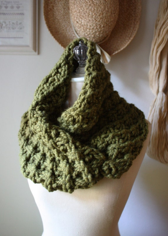 Free Knitting Patterns For Shoulder Cowls : Knitting Pattern / Cowl Shoulder Warmer / Asterisque / PDF