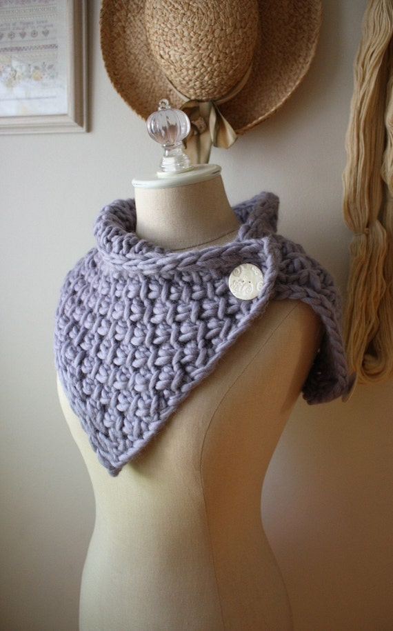 Knitting Pattern / Twist Cowl Neckwarmer / PDF DIGITAL DELIVERY