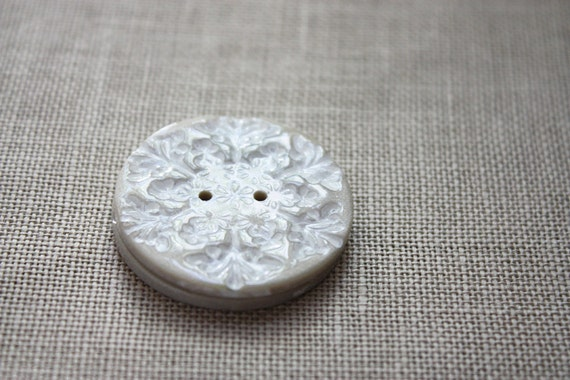 Snowflake Buttons / Pearl Ivory Handmade Snowflakes / Winter Snow Holiday Polymer Clay Button