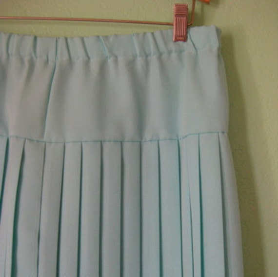 EVERYTHING TEN SALE vintage accordion pleat skirt extra large