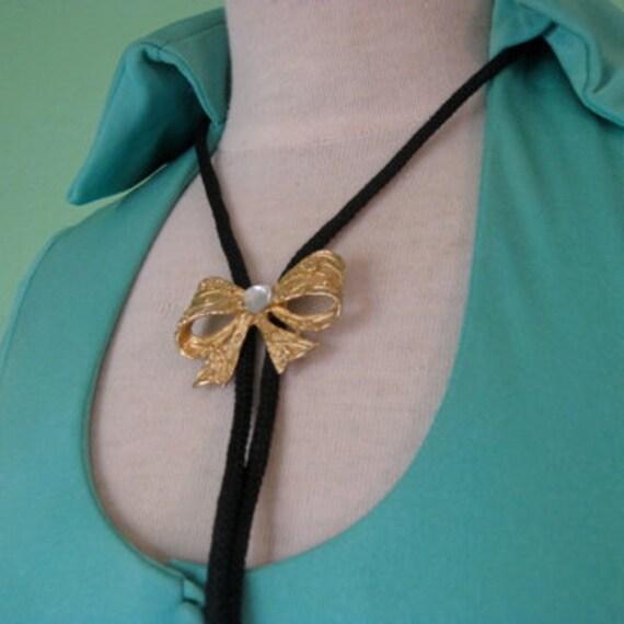 70s necklace - adjustable bolo bow tie necklace