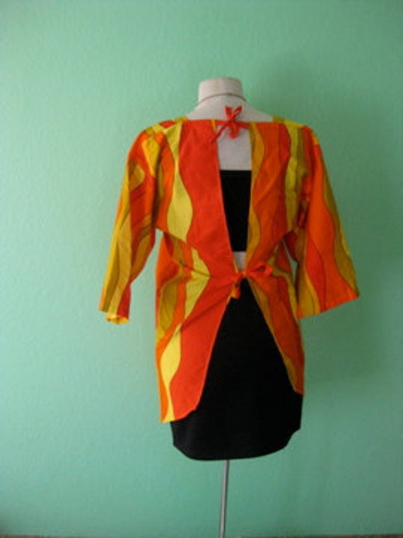 R E S E R V E D wide sleeve open back psychedelic vintage top blouse