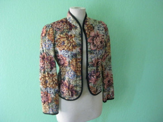 EVERYTHING 15 SALE 80s jacket - quilted floral upholstery vintage jacket - size medium
