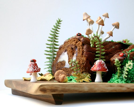 Special Order for Lilakoi - Woodland Cake Decorating Set, 1 Personalized Egg in Nest, and 20 additional Eggs