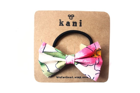 in hawaii deluxe bow hair tie // ponytail holder elastic
