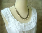 Cream Pearl and Chain Necklace