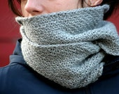 Knitting pattern infinity scarf bulky weight - Bethanie