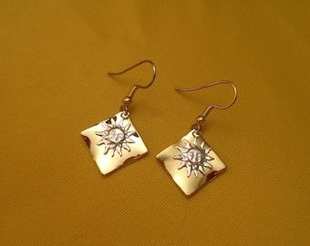 Silver sunshine on my shoulder earrings (Style #348)