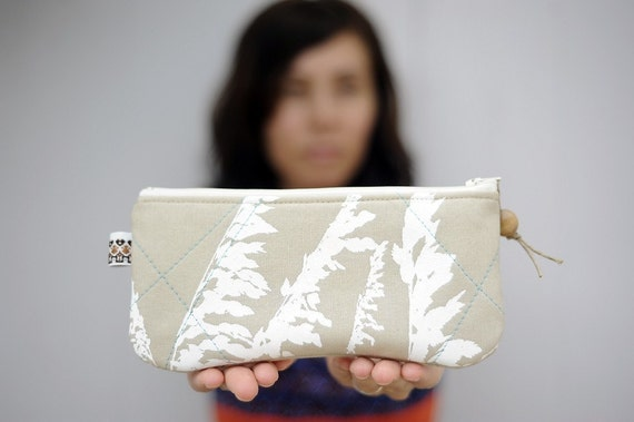 eco-friendly handprinted sea oats pouch in upcycled sand