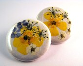 Pinback buttons- Yellow Flowers (set of 2), Original Design, OOAK, 1.5 inches -38mm in diameter.