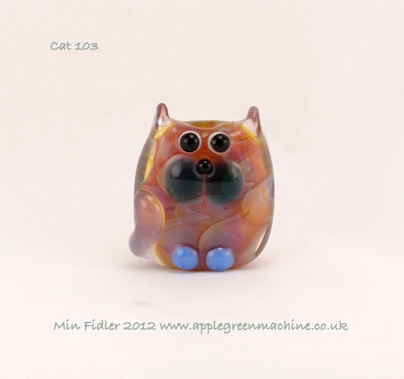 Small lampwork cat bead 103