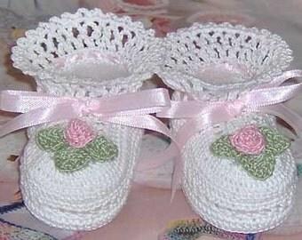 Crochet Rosebud Baby Booties