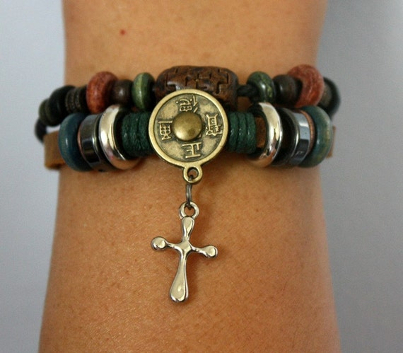 Free shipping. Vintage inspired leather Bracelet with Chinese antique coin.