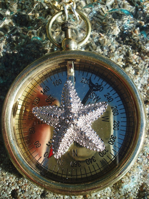 Vintage Steampunk Brass WORKING COMPASS with Silver Starfish