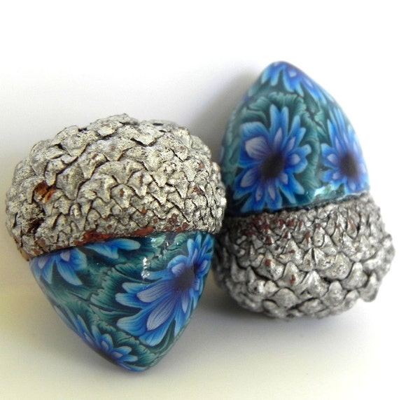 Acorn decorations acorn pair in teal aqua and blue by for Acorn decoration