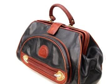 Katherina, Vintage, Dark Amber Tan and Black Leather Merkur Doctor's Handbag