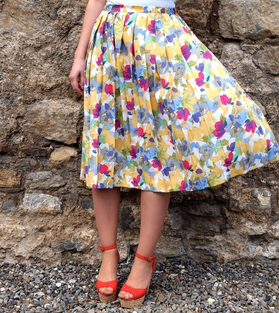 Zoé, French Vintage, Pleated Floral Midi Skirt from Paris