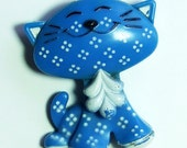 Vintage Blue and White Kitty Cat Avon Glace Perfume Pin