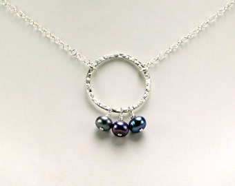 Peacock Freshwater Pearl & Sterling Silver Necklace - N547