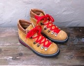 Vintage Tan Suede Hiking Boots w/Red Laces Mens Size 5, ladies 7
