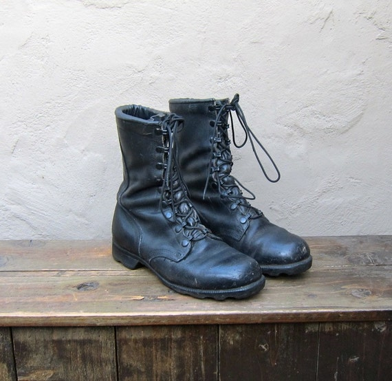 SALE Vintage Distressed Black Leather Steel Toe Military Lace Up Combat Boots Mens Size 8W