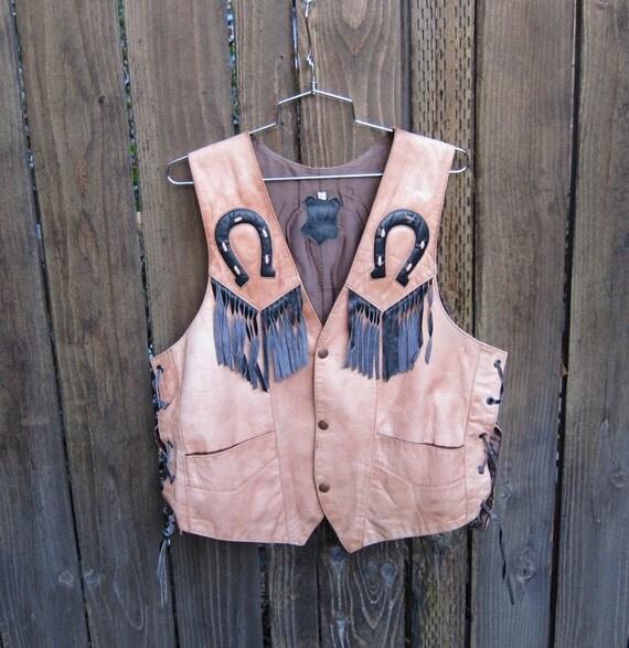 Vintage Tan Leather Fringed Vest w/Horseshoe Detail Mens Size 44 (mens m/l, ladies l/xl)