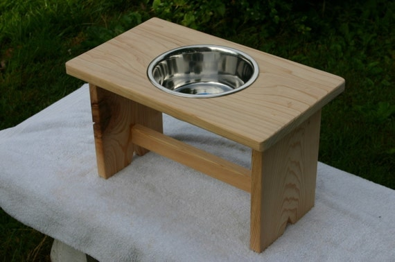 exterior  elevated water bowl