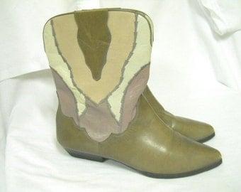 Vintage 9 West Artsy Mauve Patchwork Leather Short Boots 8 and a half
