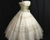 Vintage 50's 50s STRAPLESS Bombshell Ivory Pink Layered Chiffon Organza Taffeta Lace Party PROM Wedding DRESS Gown
