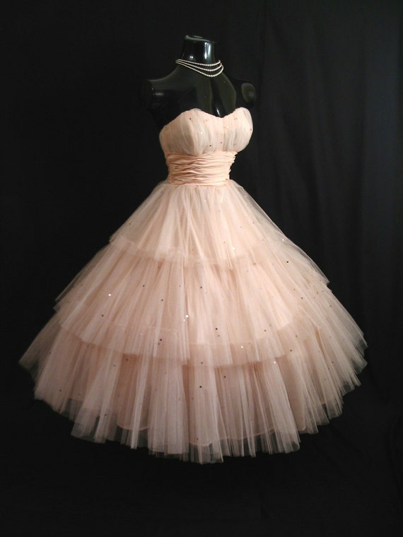 Vintage 50's 50s STRAPLESS Shell Pink Layered Tulle Taffeta Sequins Party PROM Wedding DRESS Gown