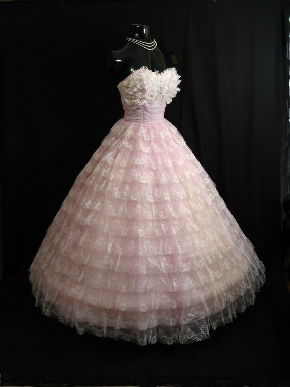 Vintage 1950s 50s Cupcake Strapless Orchid Pink Lavender Tulle Lace Layered Party Prom Wedding Dress Gown