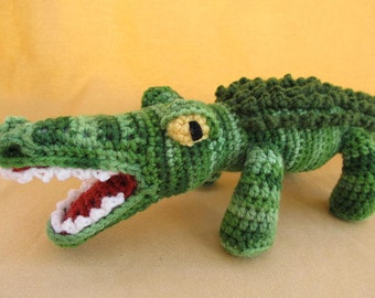 Crunch the Alligator Crochet Amigurumi Pattern