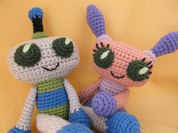 Romantic Robots Crochet Amigurumi Pattern