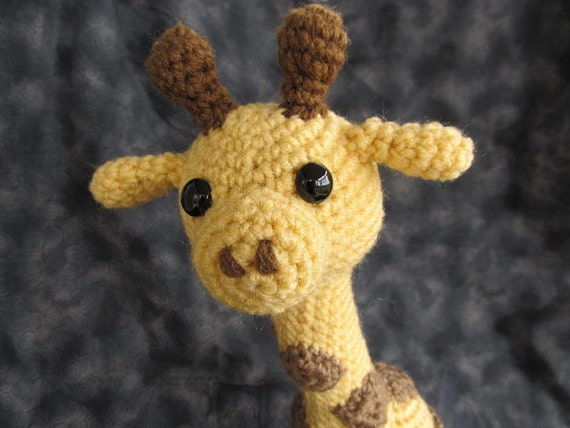 Giraffie Giraffe Crochet Amigurumi Pattern by CraftyDebDesigns